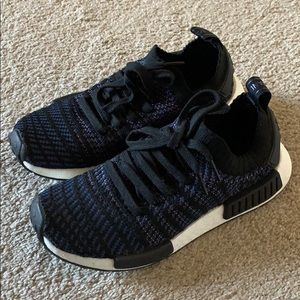 NMD woman's size 7 will fit 71/2.